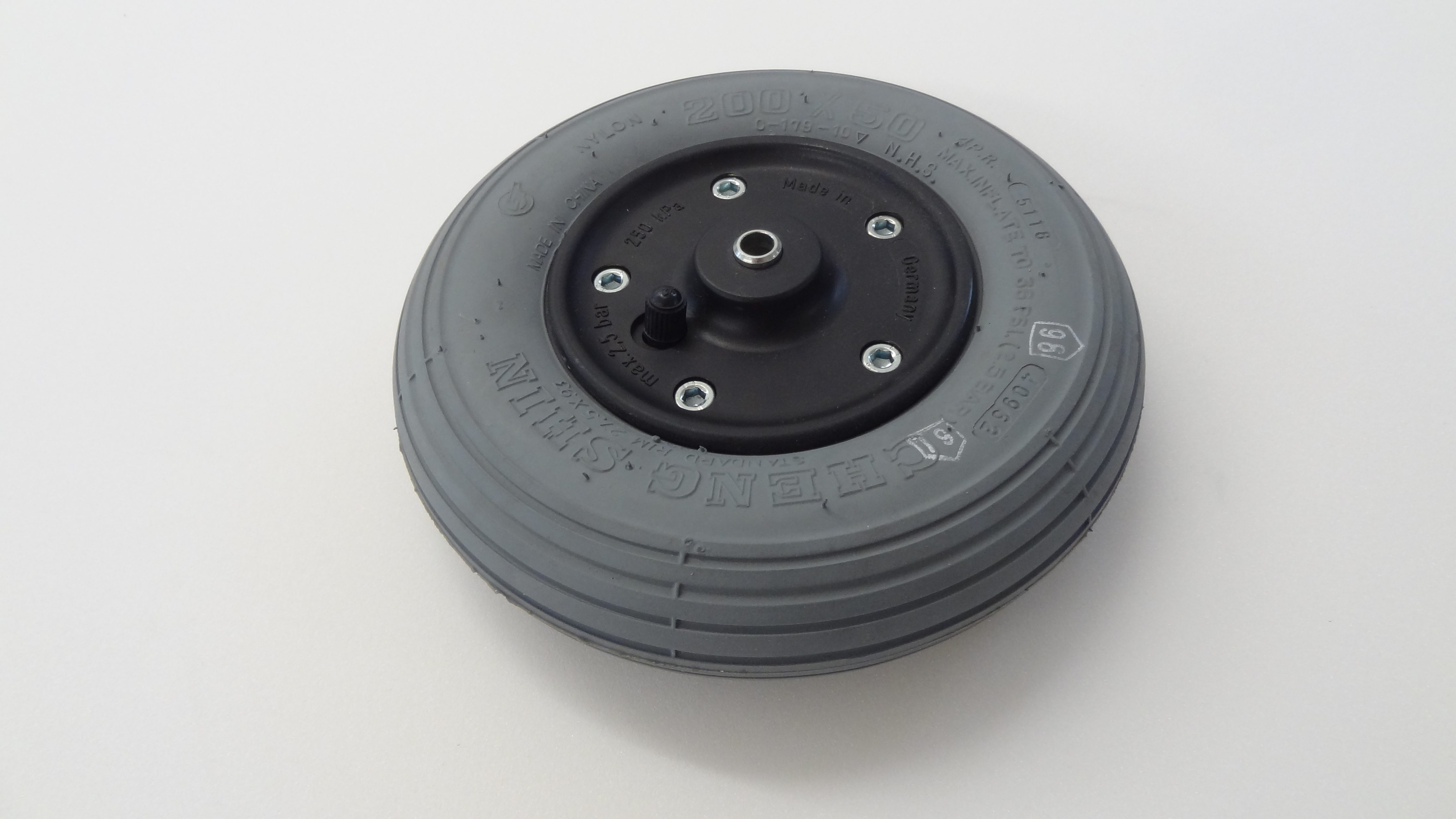 Rad, 2-teilige Felge, Schwarz, Luftbereifung, Grau